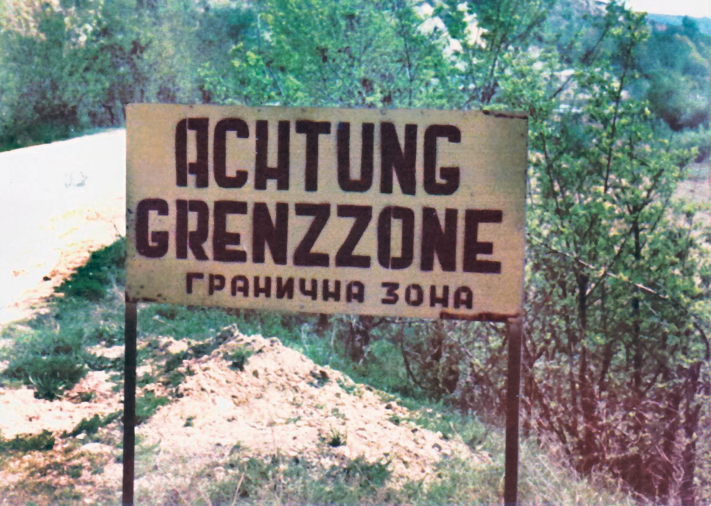 During the Cold War, the border zone signs were also in German