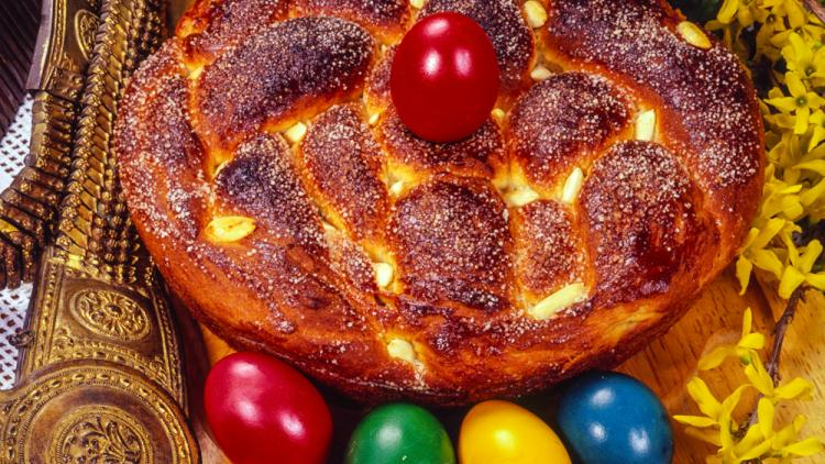 In Bulgaria, no Easter is for real without coloured eggs and aromatic kozunak